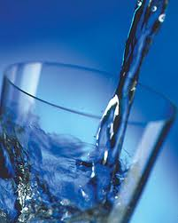 Drinking water can help solve a number of weight loss issues
